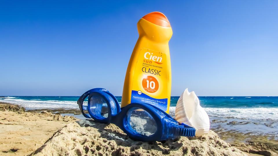 【夏の紫外線対策】女性に人気の日焼け止め商品まとめ【おすすめUVケア】